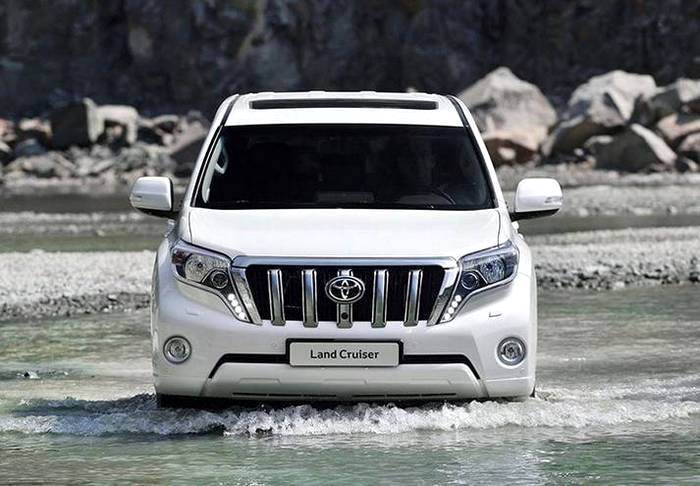 Toyota Land Cruiser Prado 2018. Фото