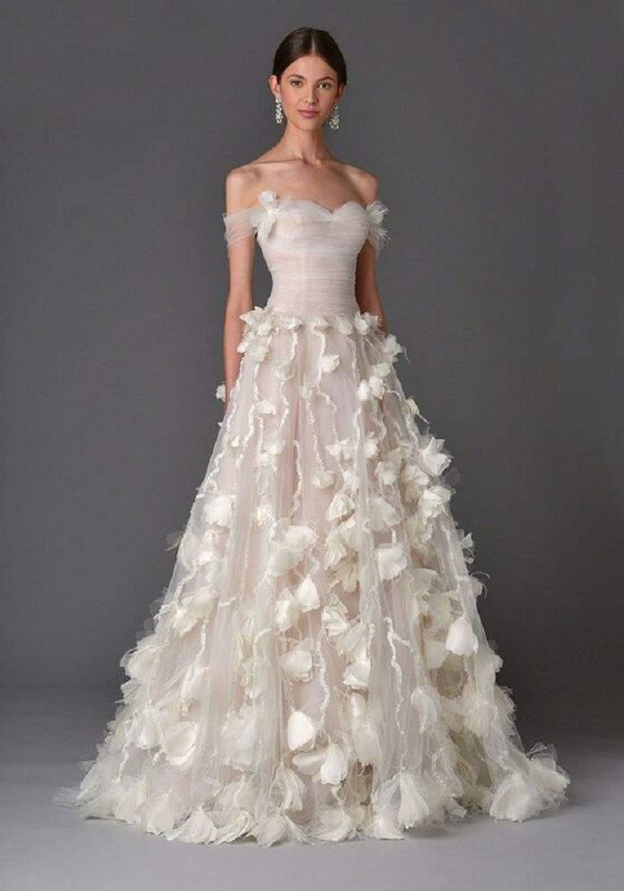 Модні Весільні Сукні 2018 року 8713dcb1f1915