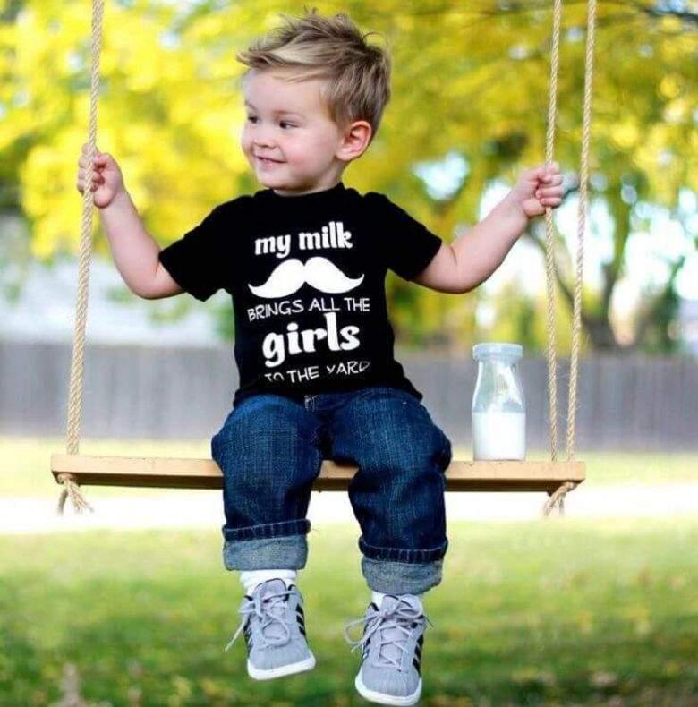Модные летние стрижки для мальчиков