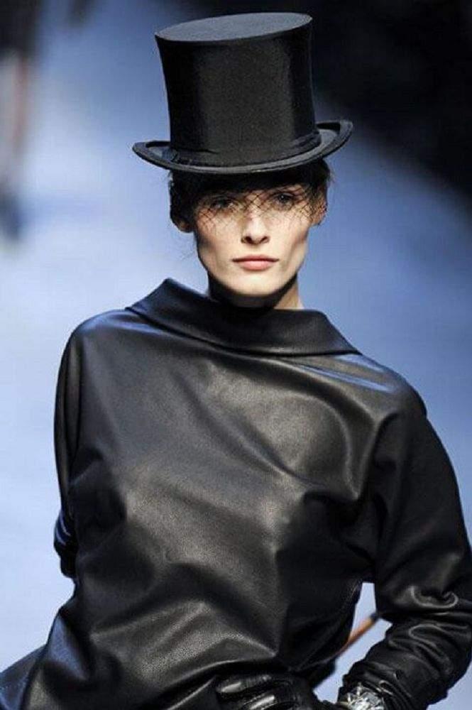 Модні жіночі капелюхи 2018 року 03dff5d6fee9e